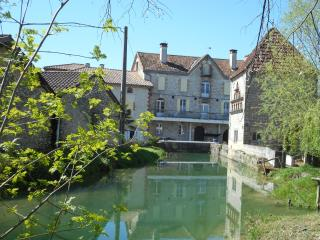 Gorgeous 1 bedroom Lauzerte Watermill with Internet Access - Lauzerte vacation rentals