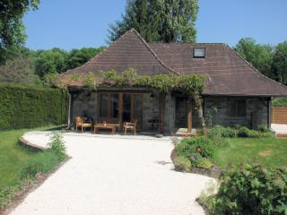 Poppies French Country Cottage, Dordogne - St Front la Riviere vacation rentals