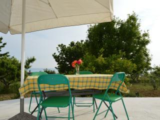 Romantic Apartment with Internet Access and A/C - Podstrana vacation rentals
