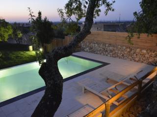 Cozy 1 bedroom Palmela Cottage with Internet Access - Palmela vacation rentals
