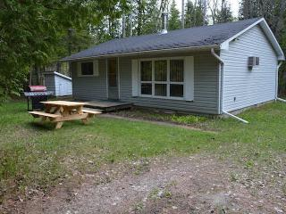 Sandy Beach Bridge Cottage-AVAILABLITY THIS WEEK - Stokes Bay vacation rentals