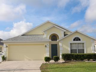 Excellent 3 Bed 2 Bath Pool Home - Davenport vacation rentals