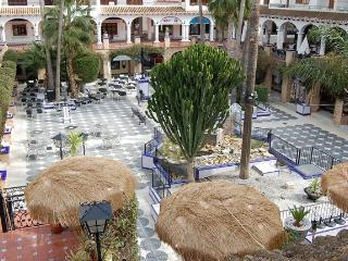Beautiful 1 Bed Apt Looking in Villamartin Plaza, Modernised, Perfect - Villamartin vacation rentals