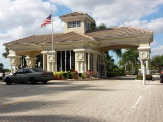 Upscale Pool House in Private Community - Weston vacation rentals