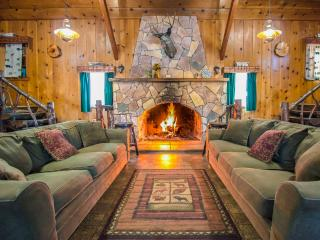 Huge Mountain Cabin For Large Groups - City of Big Bear Lake vacation rentals