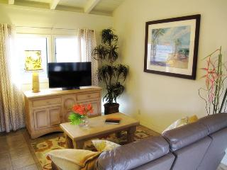 Charming Cottage with Internet Access and A/C - Kailua vacation rentals