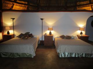 Equilibrio Surf Yoga Art Resort for groups - Popoyo vacation rentals