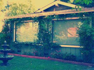 2 Bedroom Home in the Heart of Palo Alto! - Palo Alto vacation rentals