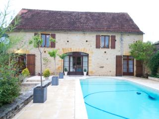 Maison de Charme **JUNE SPECIALS PLEASE ENQUIRE*** - Saint-Martial-de-Nabirat vacation rentals