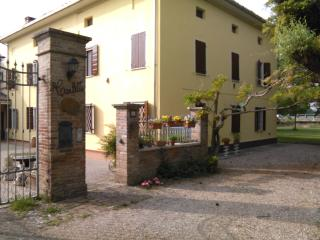 1 bedroom Bed and Breakfast with Internet Access in Rolo - Rolo vacation rentals