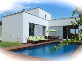 Modern luxury villa with private pool - L'Escala vacation rentals