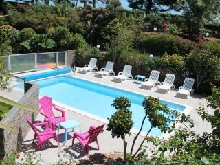 gites de kervillou piscine chauffée et couverte - Pont-Croix vacation rentals
