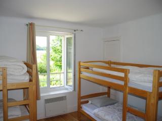 Bright 6 bedroom Sedan Gite with Internet Access - Sedan vacation rentals