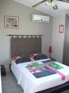 Nice Condo with Internet Access and A/C - Trois Bassins vacation rentals
