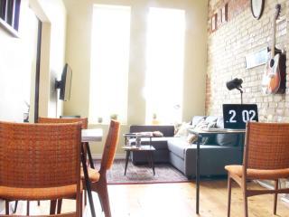 Romantic 1 bedroom Apartment in Stratford - Stratford vacation rentals