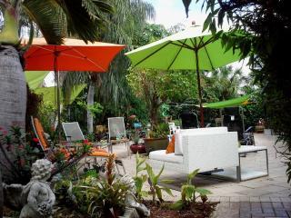 WOW! Designer Home- Exclusive Area Nov - Dec deals - Fort Lauderdale vacation rentals
