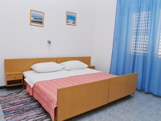 Nice spacious apartment for 5 people - Novalja vacation rentals