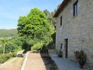 Gorgeous Braga Cottage rental with Mountain Views - Braga vacation rentals