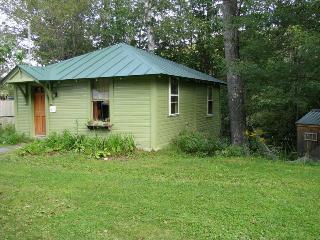 Lovely 1 bedroom Cottage in Northfield - Northfield vacation rentals