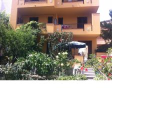 Cozy Townhouse with A/C and Balcony - Capo D'orlando vacation rentals