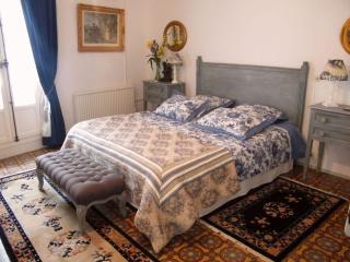 """La Maison de Rose   """"Chambre JULIETTE"""" - Caux vacation rentals"""