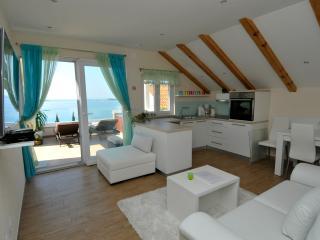 Casa Milolaza -Apartment Marin - Mlini vacation rentals