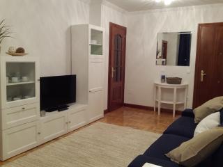 Apartamento NUEVO cerca playa - 4 personas LUANCO - Luanco vacation rentals