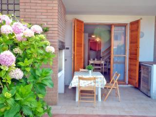 Villetta a schiera con doppi servizi di recente co - Lido delle Nazioni vacation rentals