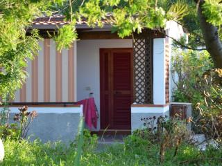 Romantic 1 bedroom Bungalow in Molinella - Molinella vacation rentals