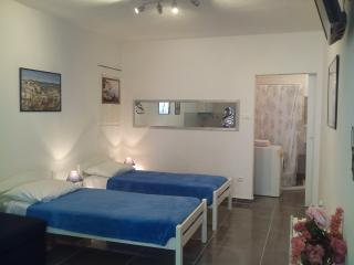 Boom Apartments - Blue apartment - Split vacation rentals