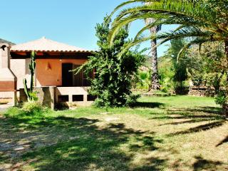 "Casa ""Luisa"" - Case vacanza ""Riviera dei Pini"" - Budoni vacation rentals"