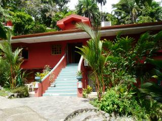 3 bedroom House with Internet Access in Quepos - Quepos vacation rentals