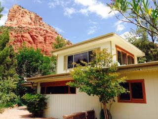 Professor's bungalow in the vortex - Sedona vacation rentals