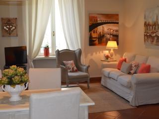 Palazzo Tiolo & Le Camelie apartments - Verona vacation rentals