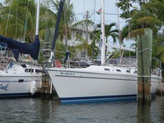 Comfortable Yacht with Internet Access and A/C - Tavernier vacation rentals