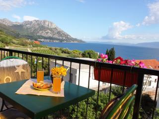 Guesthouse Podaca - Podaca vacation rentals