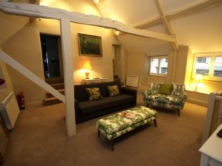 The Apartment James William House Stow on the Wold - Stow-on-the-Wold vacation rentals