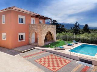 Villa Silvia cretan maisonette with private pool - Vamos vacation rentals