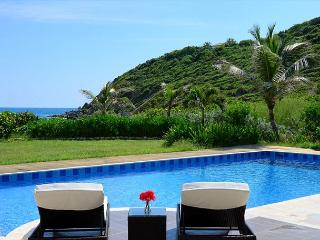 Impressive 5 bedroom, 5.5 Bathroom located on the beach! - Saint Martin-Sint Maarten vacation rentals