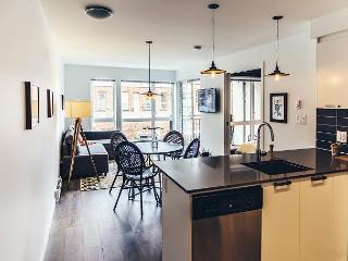 """""""Hemingway"""" Condo From $165.00 CAD/night including secure parking - Victoria vacation rentals"""