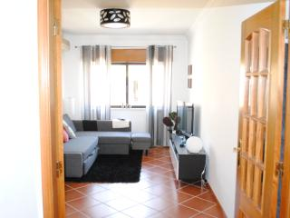 Bright Condo with Internet Access and Balcony - Carcavelos vacation rentals