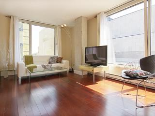 Luxurious condo - Old Montreal - Montreal vacation rentals