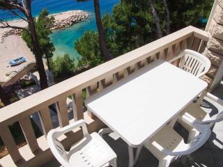 BRDRAZ-A13 4+0 - Brela vacation rentals