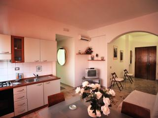 Romantic 1 bedroom Condo in Maiori - Maiori vacation rentals