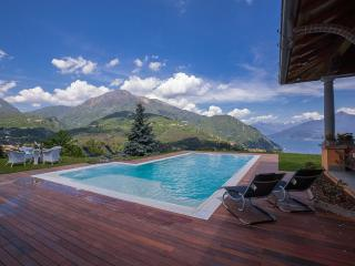Lovely Villa with Internet Access and Satellite Or Cable TV - Menaggio vacation rentals