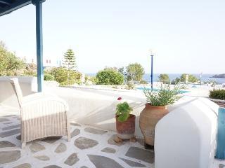 Nice 3 bedroom House in Ornos - Ornos vacation rentals