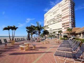 Beach front condo on Redington Shores - Redington Shores vacation rentals
