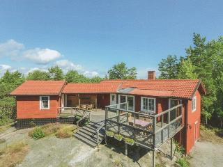 Secluded Swedish haven nr sea and lakes - Varmdo vacation rentals