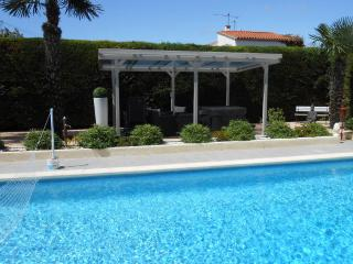 Nice 2 bedroom Condo in Coursan - Coursan vacation rentals
