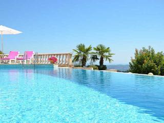 Beautiful 5 bedroom Tanneron Villa with Internet Access - Tanneron vacation rentals
